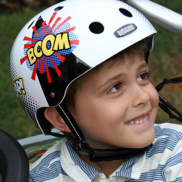 Designhelmen voor kinderen: opvallend en veilig