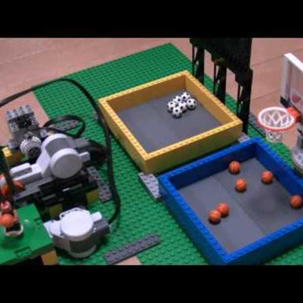 LEGO ball shooter