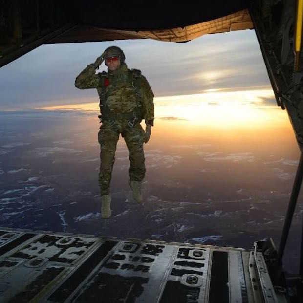 15 militaire foto's die precies op het juiste moment zijn genomen
