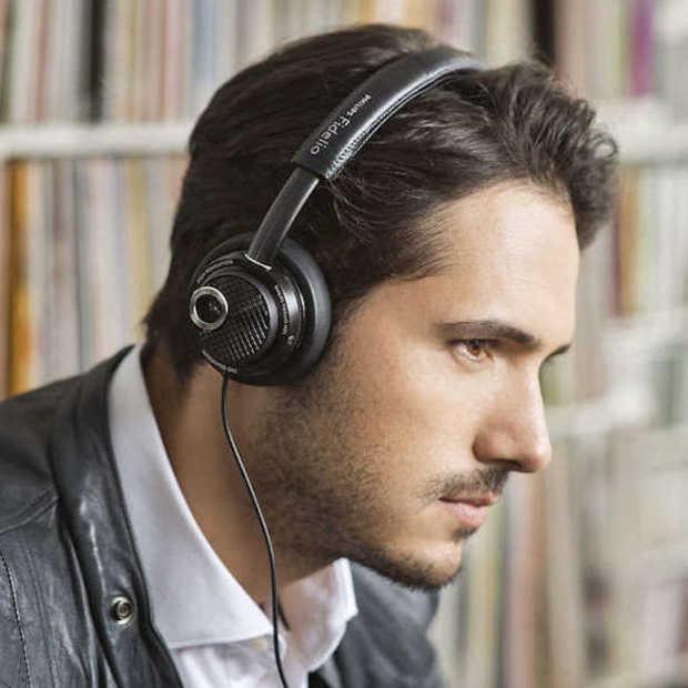 De stijlvolle Philips Fidelio M2L koptelefoon