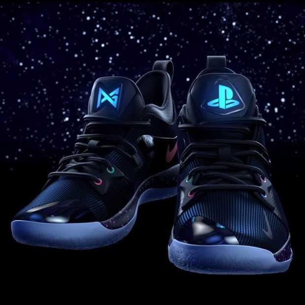 Nike's PG2 PlayStation sneakers zijn de ultieme nerd-cool
