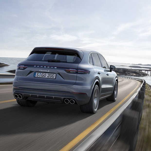 Nieuwe Porsche Cayenne: sportwagen, offroader en limousine in een!