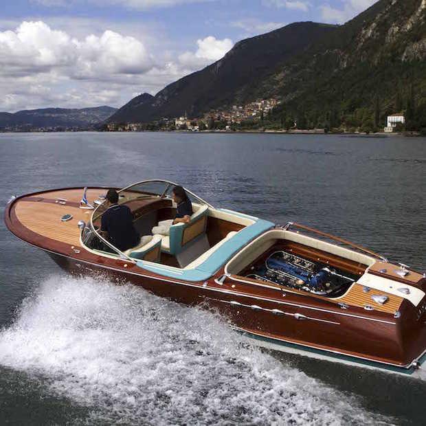 Collectors item: Riva Aquarama Lamborghini sportboot te koop