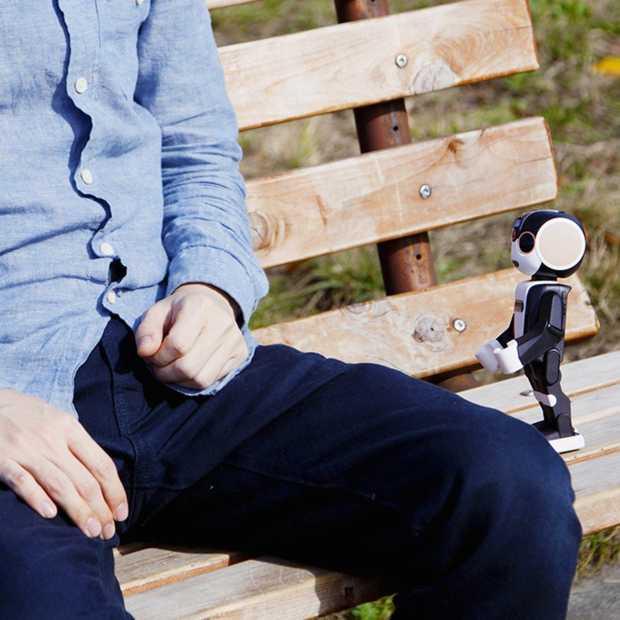 RoBoHoN: een smartphone in de vorm van een robot