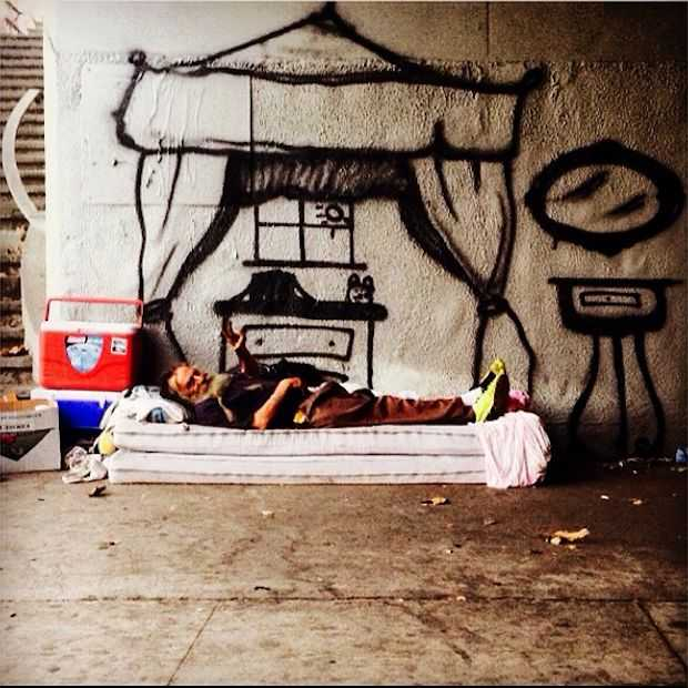 In daklozengebied Skid Row is kunst een manier van overleven!