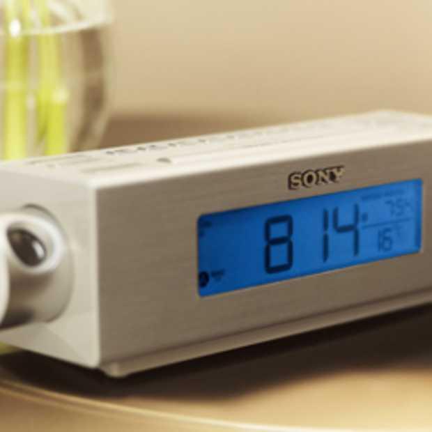 Sony Klokradio ICF-C717PJ met projector