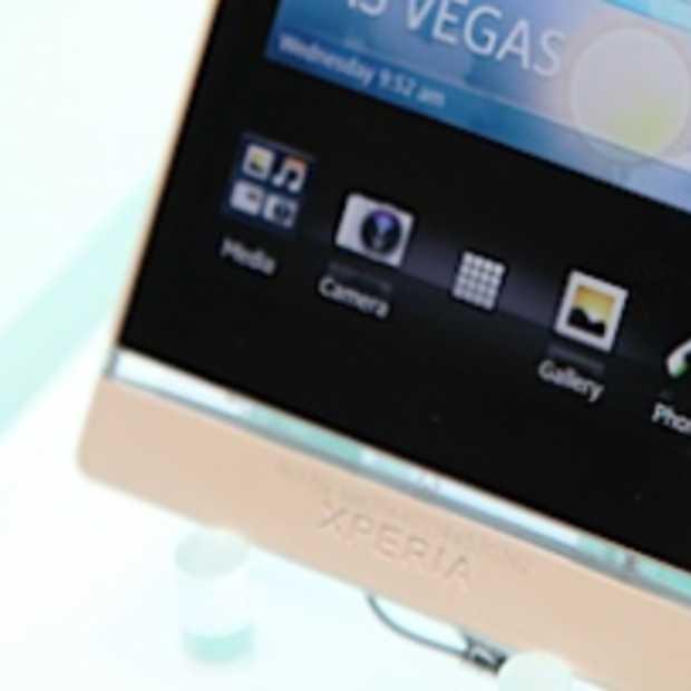 Sony Xperia S past qua design in rijtje iPhone 4S, Nokia Lumia 800