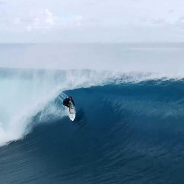 Heerlijke surfvideo in Frans Polynesië