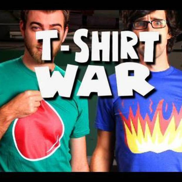 T-SHIRT WAR!! (stop-motion music video)