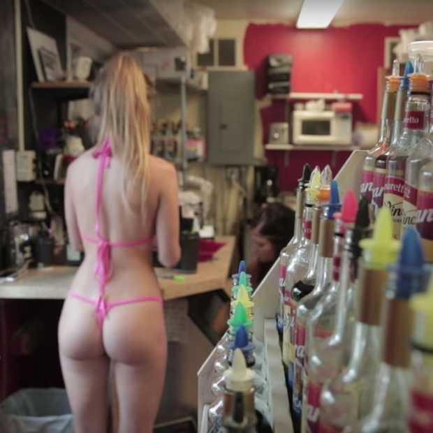 In deze koffietent in Washington wordt je koffie gemaakt door topless barista's