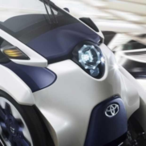 Toyota i-ROAD: elektrisch rijden voor Twee