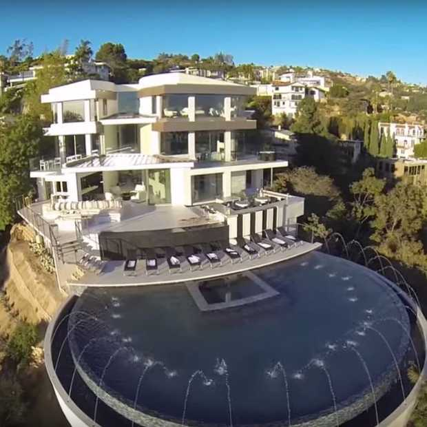 Reinout Oerlemans zet superdeluxe villa in Hollywood te koop