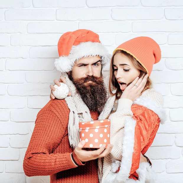 Vrouwen zijn véél slechter in het geven van cadeaus dan ze zelf denken