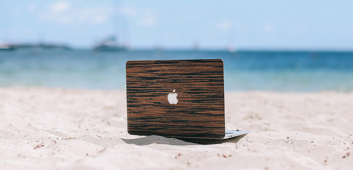4 gave covers van hout voor je MacBook