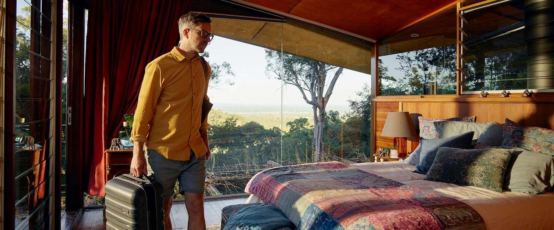 Ben jij een echte digital nomad? Airbnb zoekt 12 mensen die een jaar lang gratis willen wonen