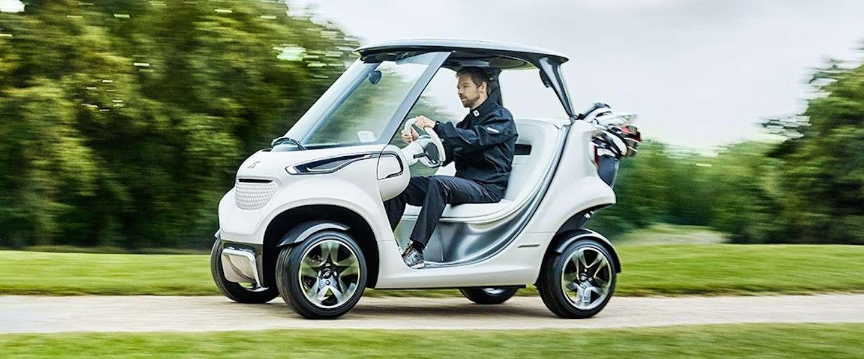 De meest luxe golfkar ooit van Mercedes-Benz