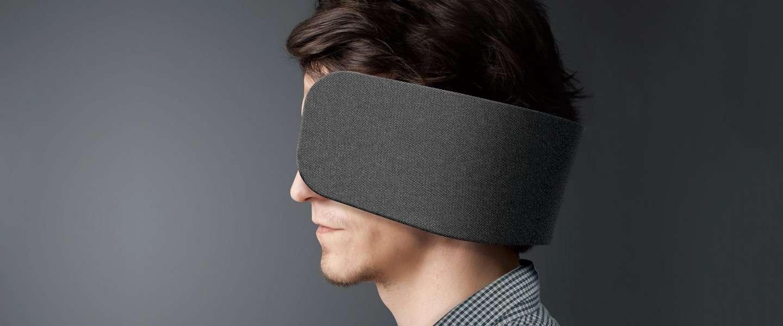 Geen grap: Panasonic designt oogkleppen voor op kantoor
