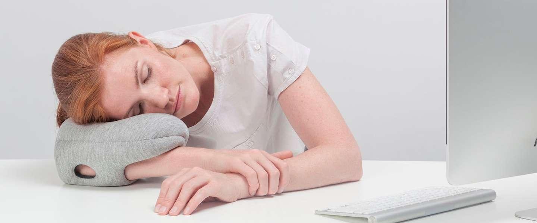 Nieuw: de Ostrich Pillow Mini, voor een heerlijke powernap