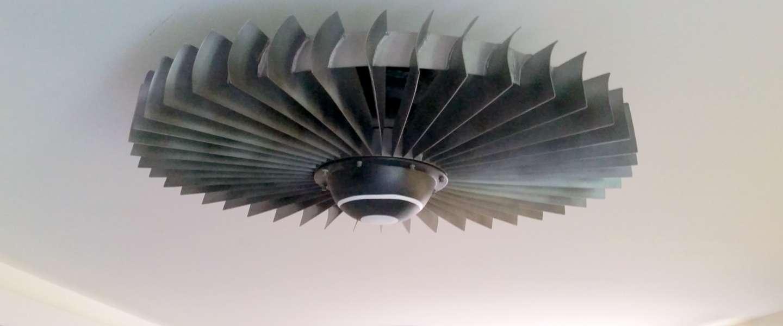 Blijf koel in stijl met deze vliegtuigpropeller als ventilator