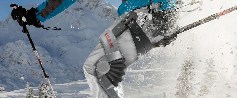 Dit exoskelet laat je skiën alsof je twintig jaar jonger bent