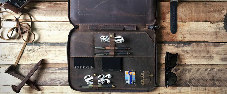 Al je dagelijkse spullen vervoeren in stijl met de Leather Portfolio