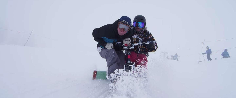 Coole video: deze gasten halen vette stunts uit op fietsjes in de sneeuw