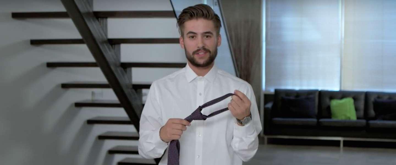 Hoe knoop je een stropdas in 15 seconden?