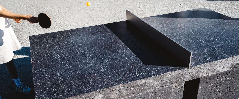 Hebben: tafeltennistafel van beton