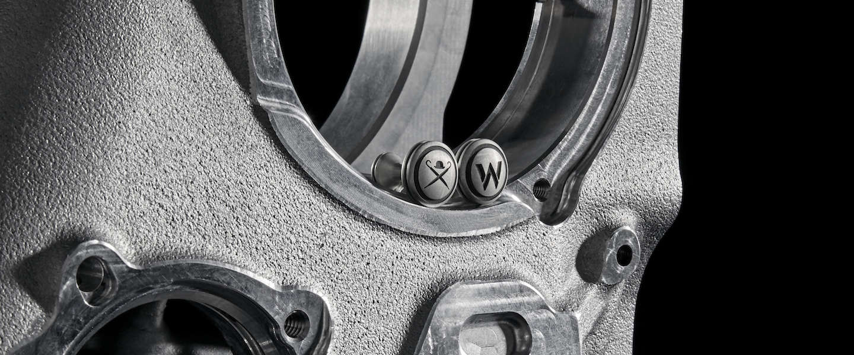Manchetknopen gemaakt van Formula 1 versnellingsbak