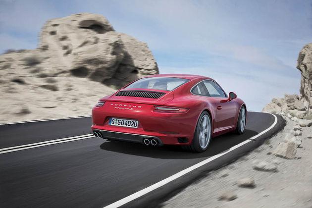 03-Porsche-911-Carrera