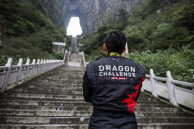 06-Range-Rover-Dragon-Challenge