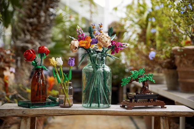 LEGO bloemen en boom