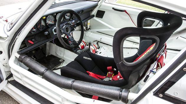 1995-porsche-911-gt2-evo-04-1200x675