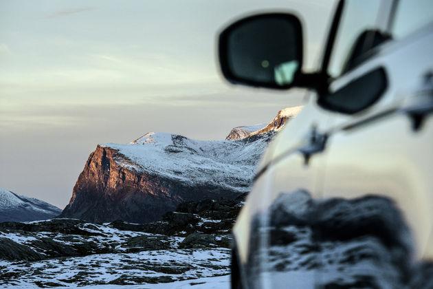 5-Range-Rover-Jonas-Bendiksen