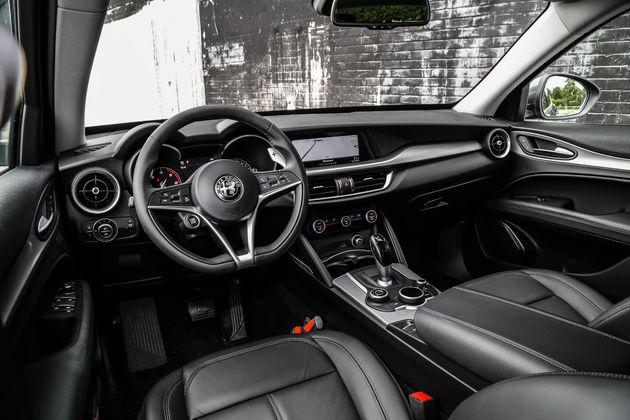 Alfa_Romeo_Stelvio_NL (36)