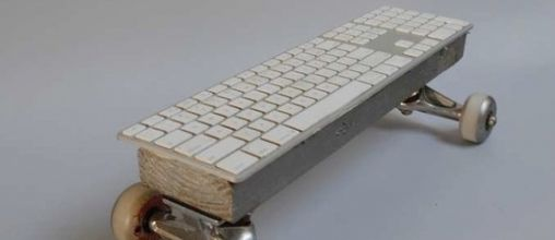 AppleGeek Skateboard