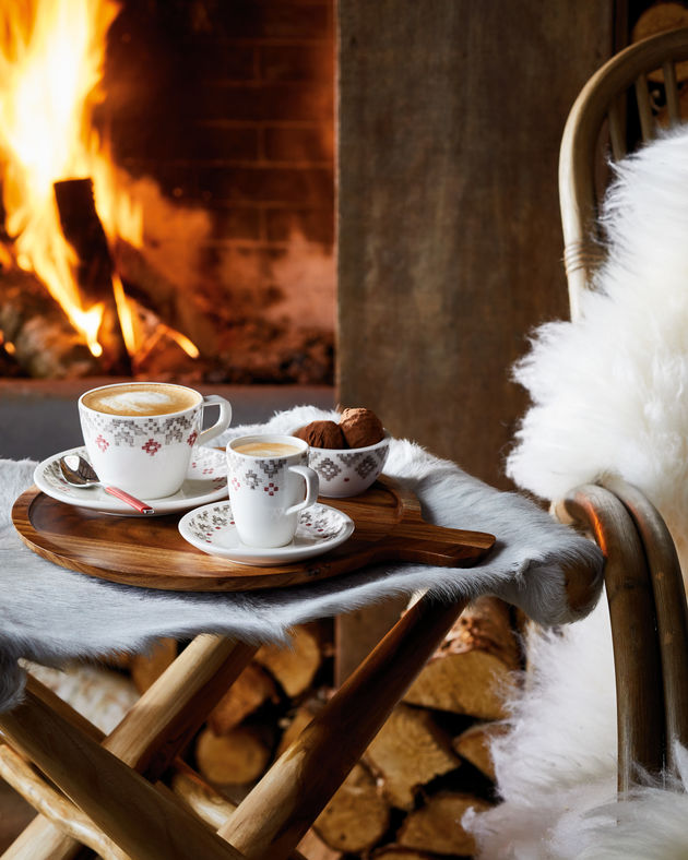 artesano_montagne_fireplace_coffee_1971