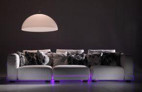 Asami Light: LED-verlichte bank van Colico Design
