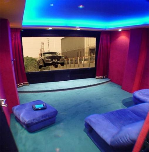 Awesome-Home-Cinema-Selection-1-550x563