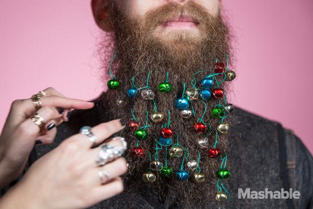 baard-versieren-kerstballen