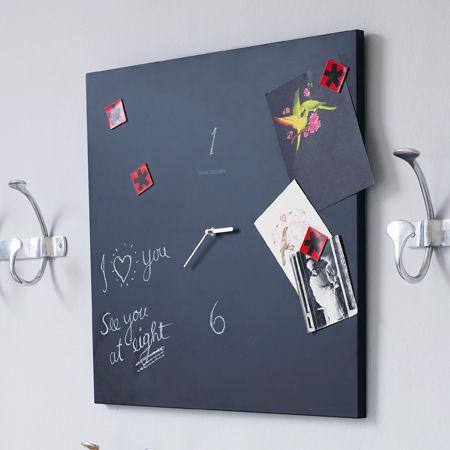 blackboard-clock-by-grahamandgreen