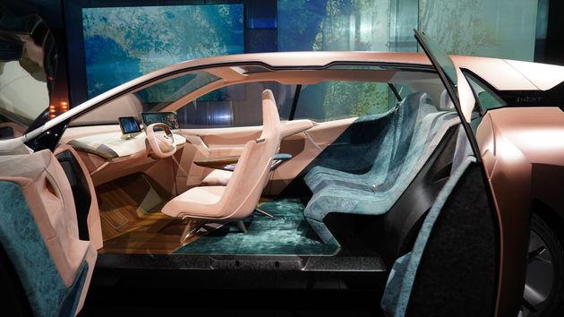 BMW_iNEXT_CES_04