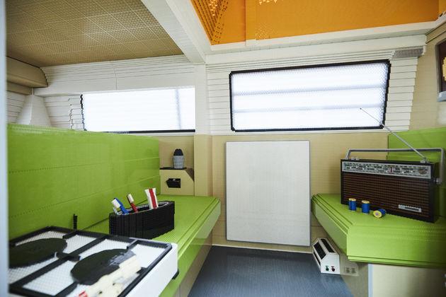 brick-camper-interior-1-991601