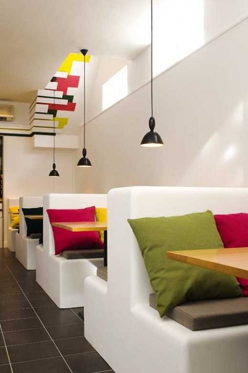 Colorful-Interior-Design-Of-Olive-and-Earth-Restaurant