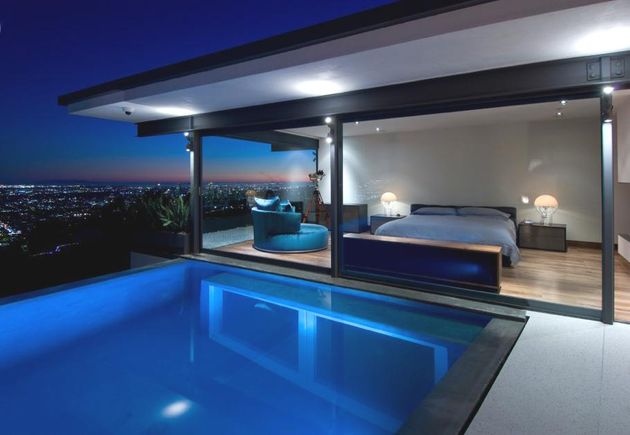 Contemporary-Hopen-Place-Residence-in-Hollywood-Hills-1-600x358