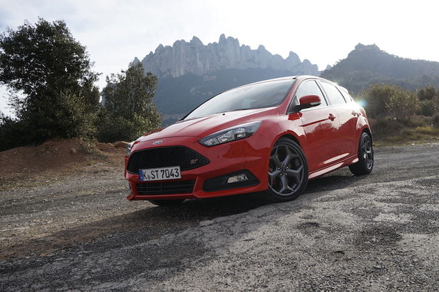 Ford_Focus_ST_red