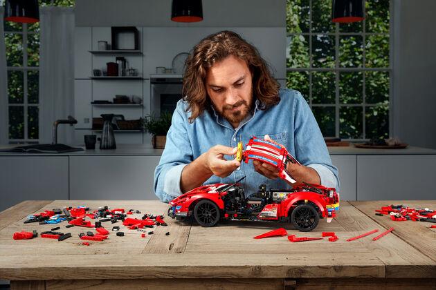 Ferrari 488 LEGO