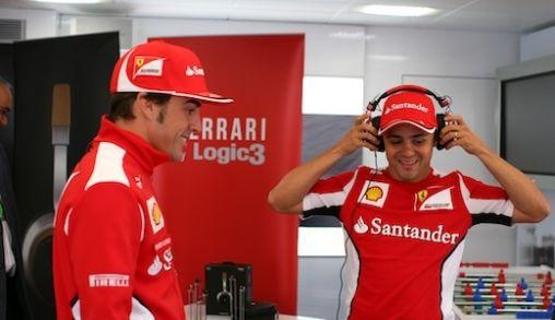 Ferrari hoofdtelefoons by Logic3