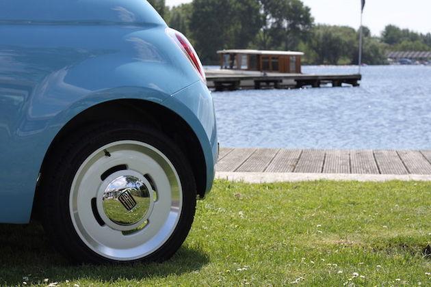 fiat-500-vintage-57-azzurro-volare-wheel
