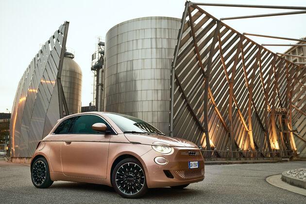 Fiat_500e_3+1_05